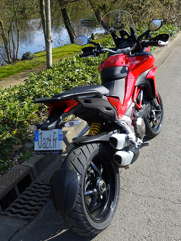 Multistrada 1200 S 2016 rouge