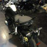 R12R noire
