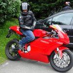 Ben sur sa Ducati Hypersport 999