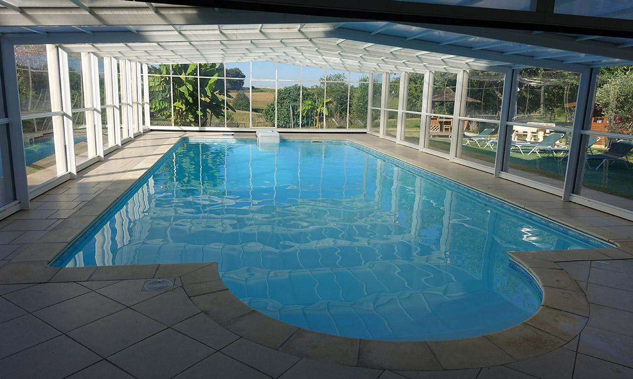 piscine à la ferme Laupillère à Sarrazac