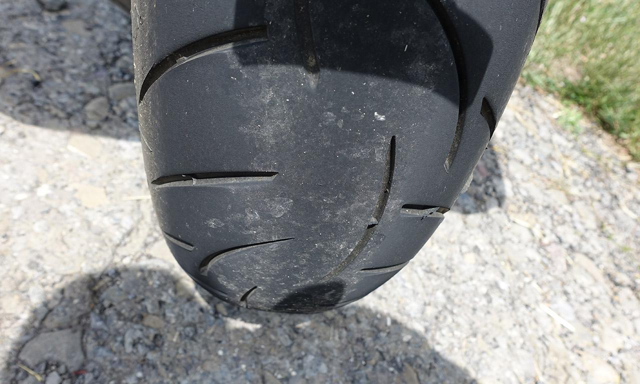 pneu moto en fin de vie