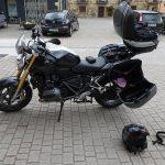 Moto équipée pour rouler en Espagne