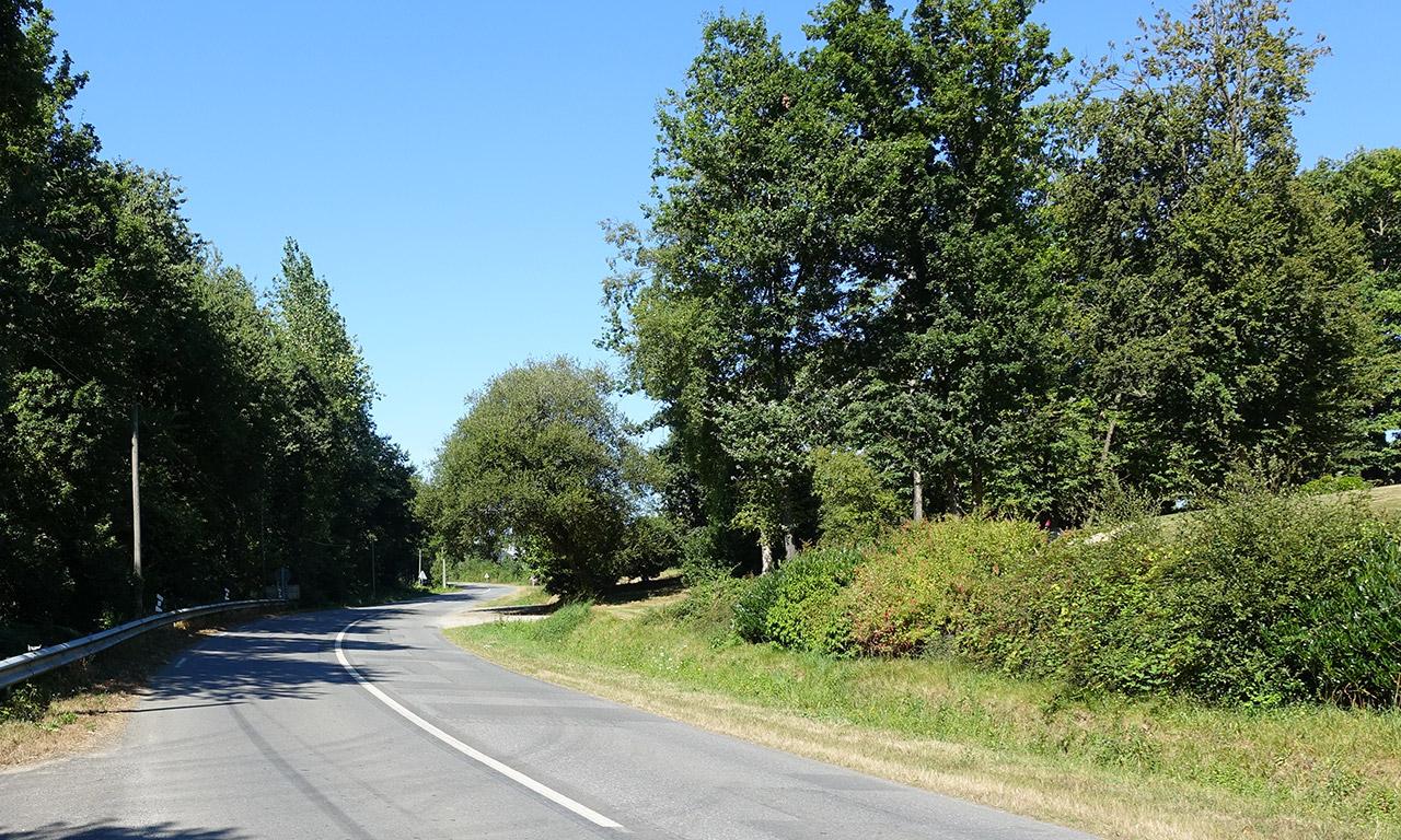 route sinueuse près de Rennes