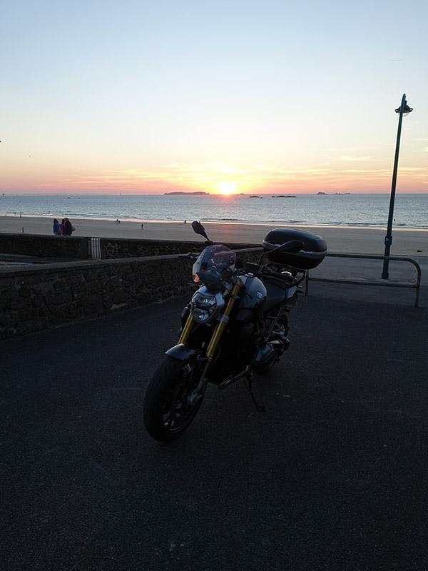 moto BMW R1200R à Rotheneuf (saint-malo)