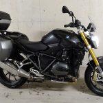 moto BMW R1200R 2016 noire fourche or