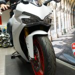 moto Ducati Supersport à Laval