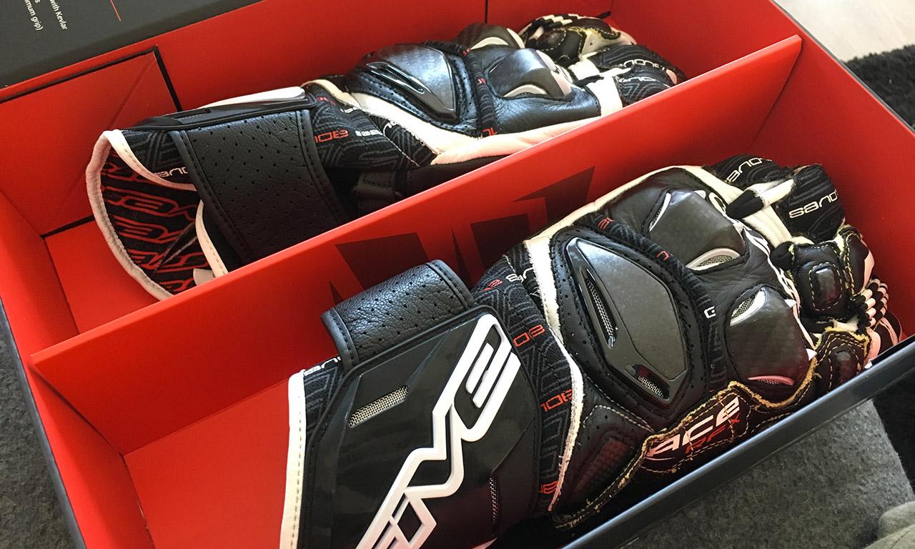 boîte de livraison de gants Five5 RFX Race