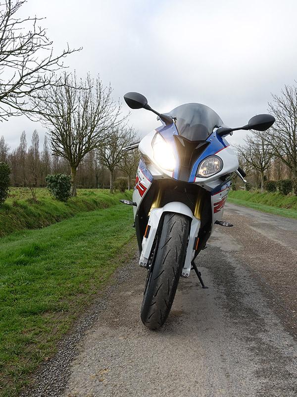 sport moto BMW