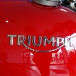 penture rouge sur le Thruxton R