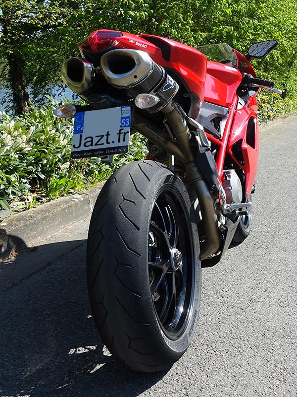 Ducati 848 : moto sportive Italienne
