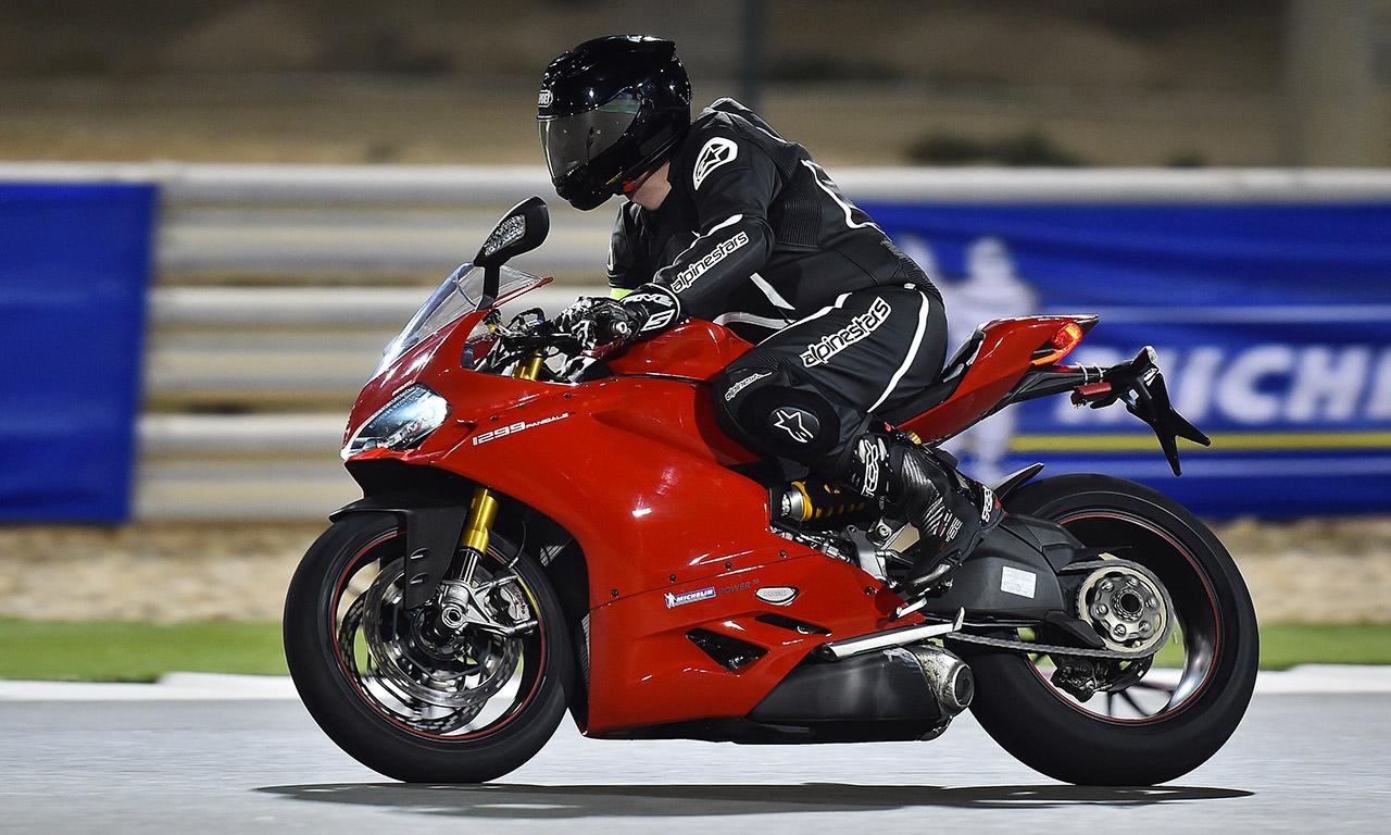 Circuit de Losail : essai moto 1299 S Panigale