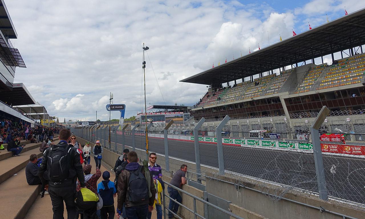 ligne d'arrivée circuit Moto GP Le Mans