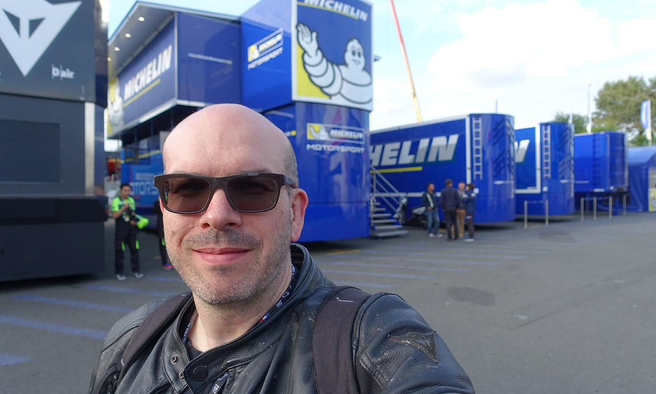 David Jazt visite les Paddocks du motoGP Le Mans