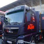 Camion du Team KTM au Moto GP