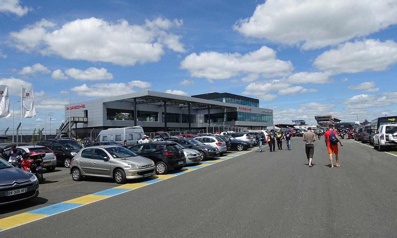 direction le circuit des 24h du mans