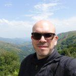 David Jazt dans les montagnes du Pyrénées en été