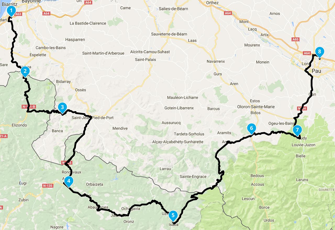 Roadbook en montagne pour une randonnée à moto