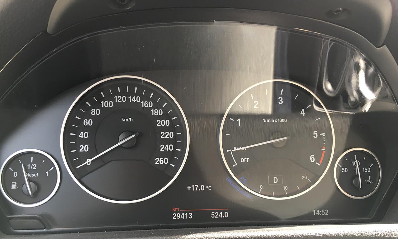 Tableau de bord du 420 DA Serie 4 BMW