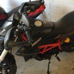 Ducati Hypemotard 821 à vendre : Ducati Monster rouge à vendre sur Rennes : 06 78 97 27 20