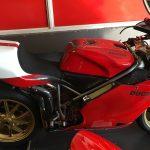 996R Ducati rouge et blanche : 135cv