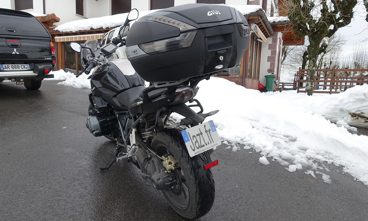 R1200R au col de Saint-Étienne-de-Baïgorry