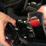 clipser les mousse du casque - faire attention aux positionnements des oreillettes