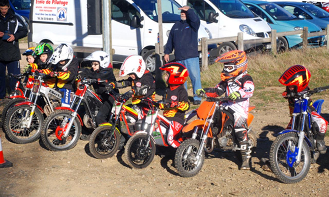 stage moto cross pour les enfants