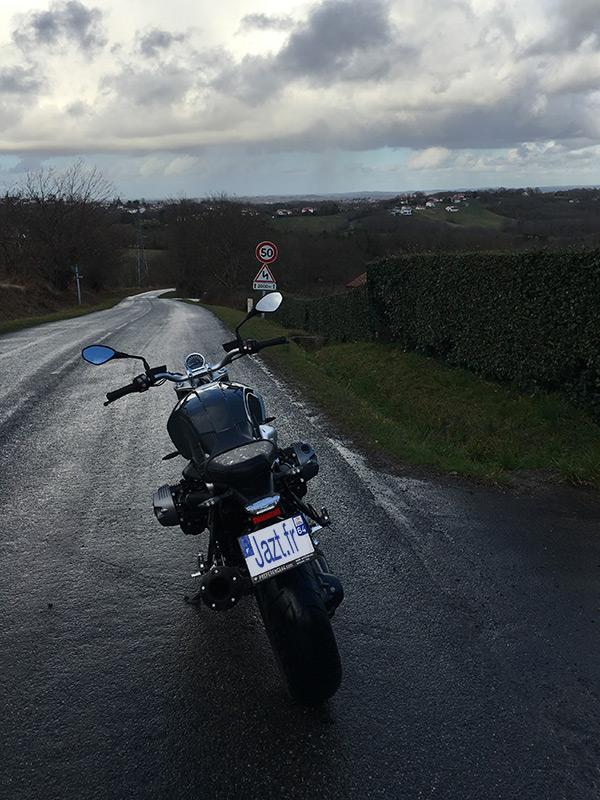 Balade à moto au Pays Basque en BMW Nine T Pure - Préférence 64 Bayonne