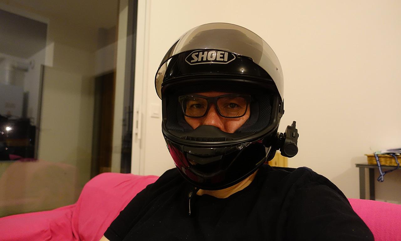 David Jazt et son intercom 10C sur un casque moto GT Air