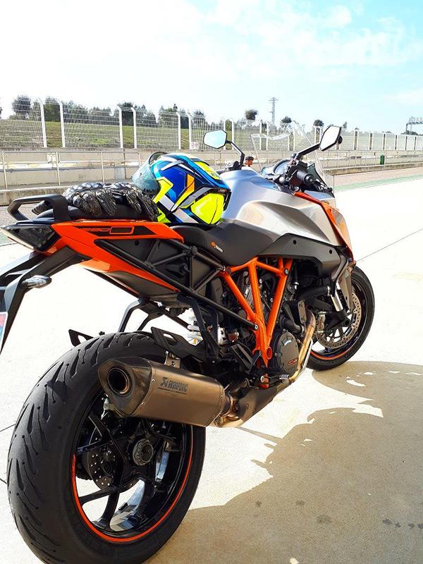 KTM à Séville pour l'essai du Road5