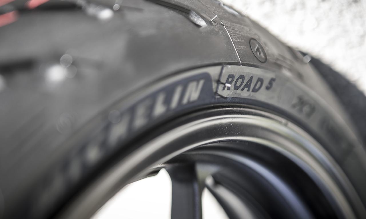 Michelin fabrique de bons pneus moto