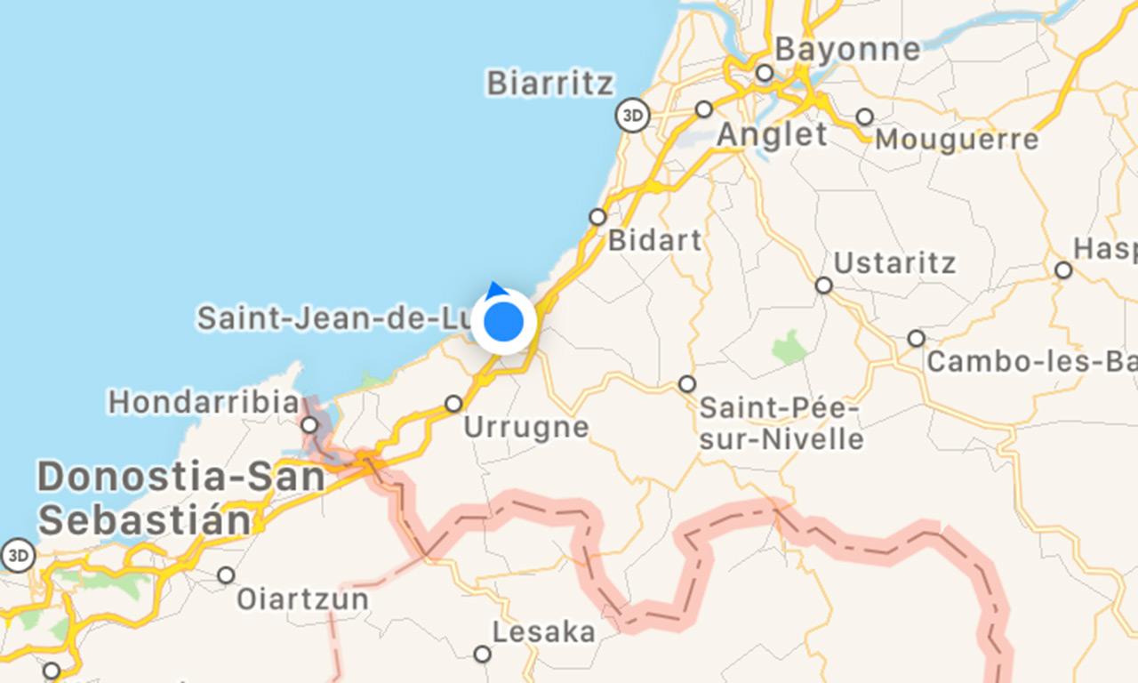 Où se trouve Saint-Jean-de-Luz sur une carte routière ?