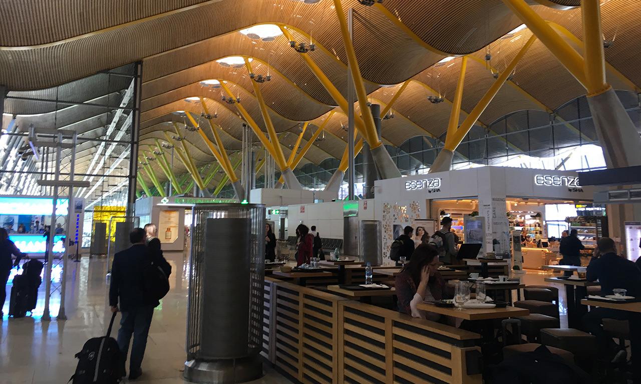 Aéroport de Madrid en Espagne