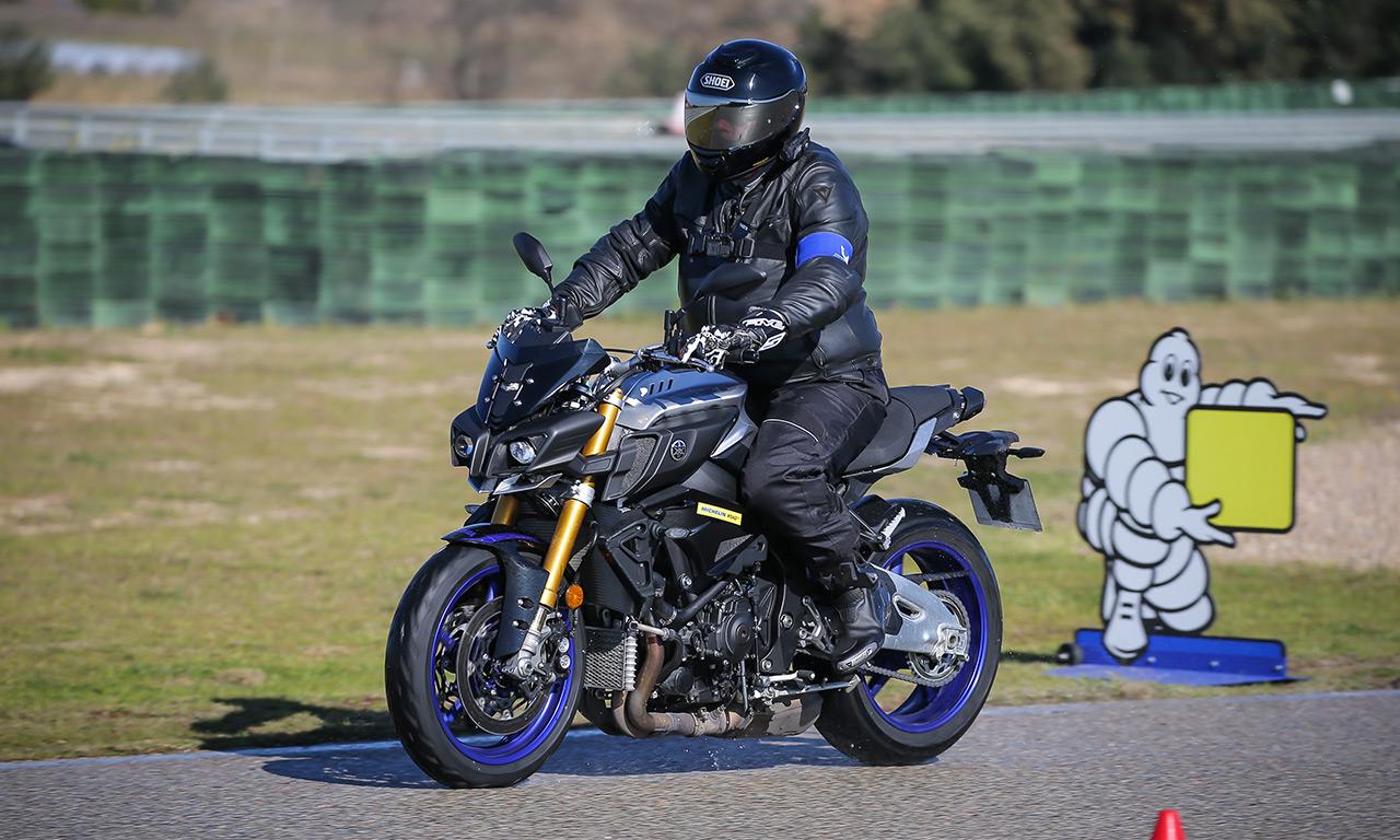 David Jazt en Road5 sur la Yamaha MT10 SP