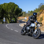 David Jazt en Road5 sur la BMW R1200 Nine-T