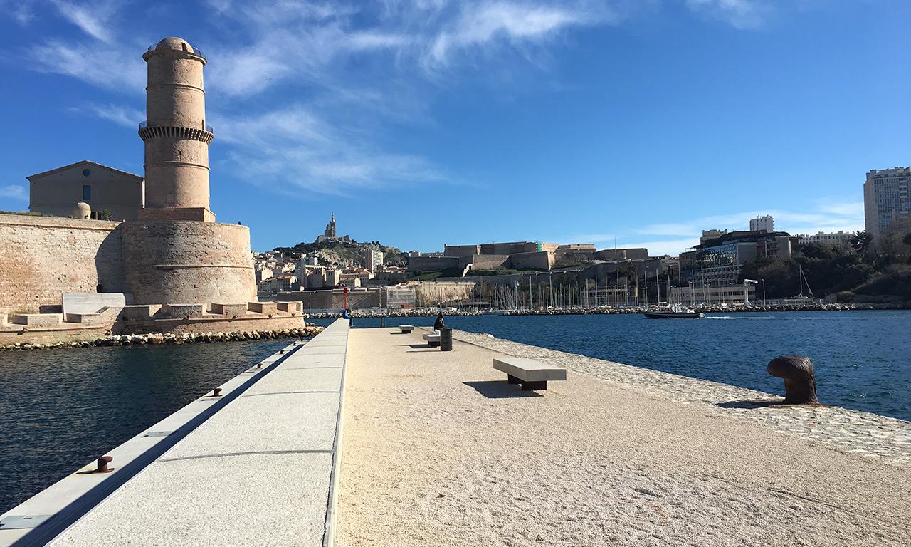 Tour du Fanal et le Fort Saint-Jean