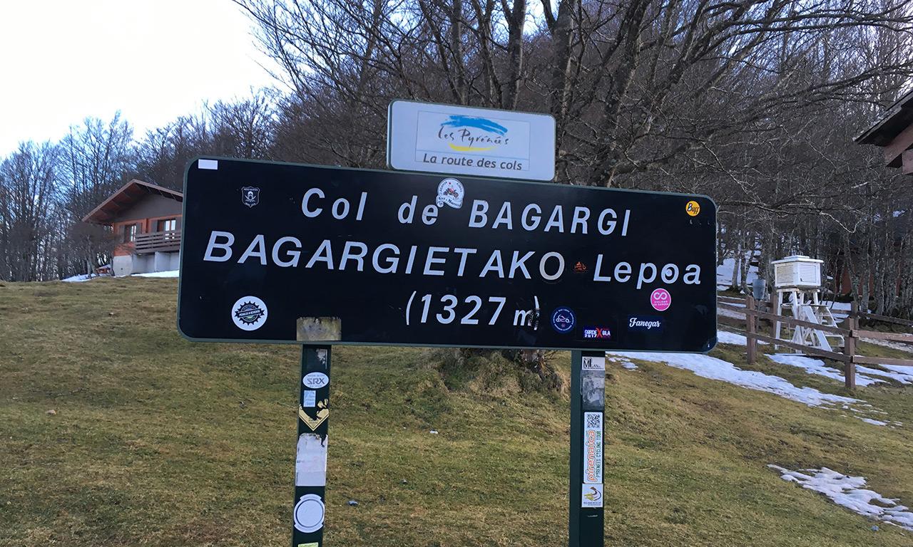 Col de Bagargi : le Village d'Iraty