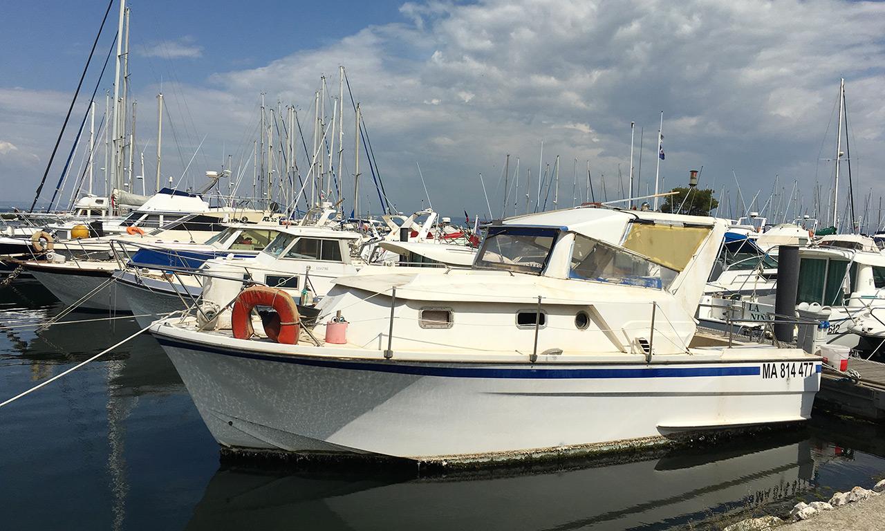 Tour en bateau sur la Méditerranée