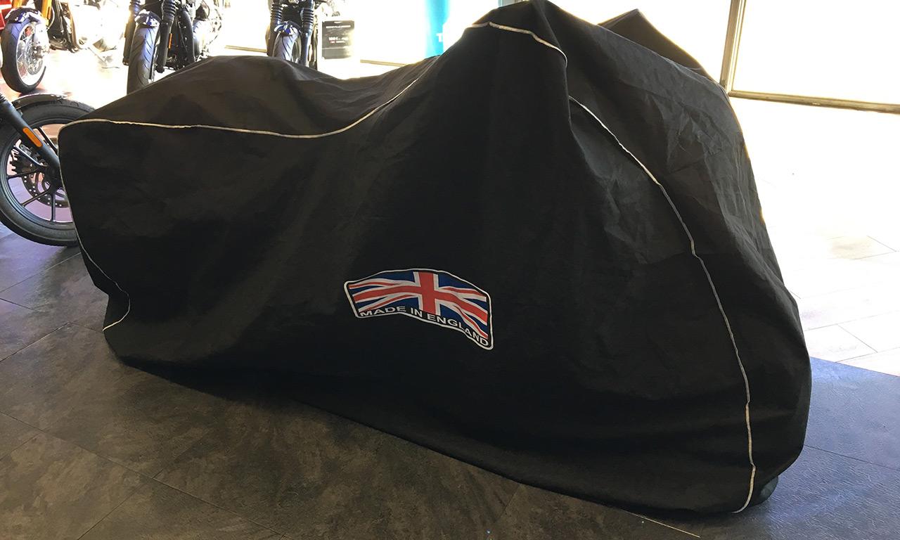 Livraison de mon Speed Triple RS 2018