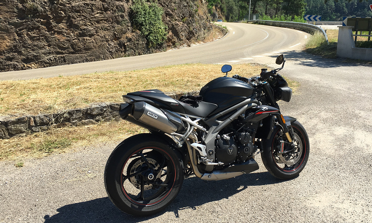 Speed Triple RS 2018 (vue de côté)