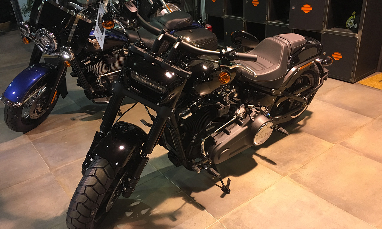 Fat bob 2018 noire - Harley Davidson Marseille