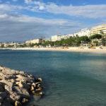 vue vers la Croisette de Cannes depuis le port