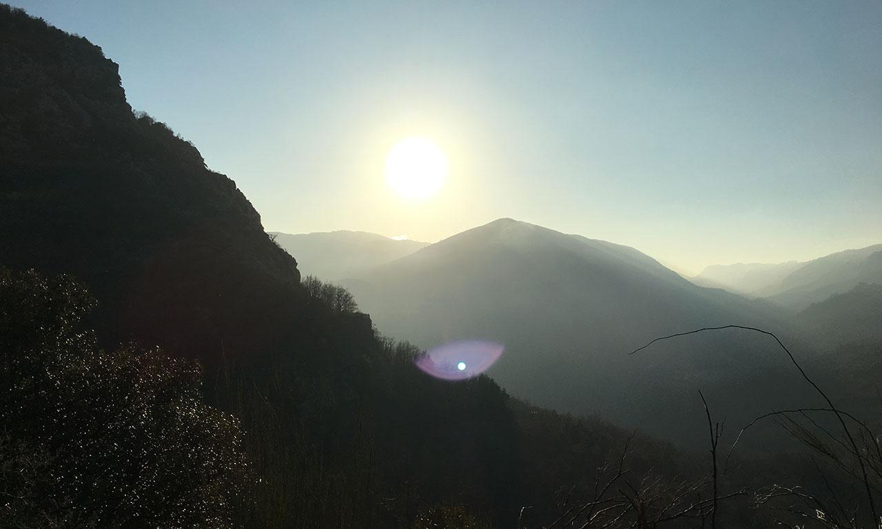 magnifique lumière au coeur des montagnes : région PACA