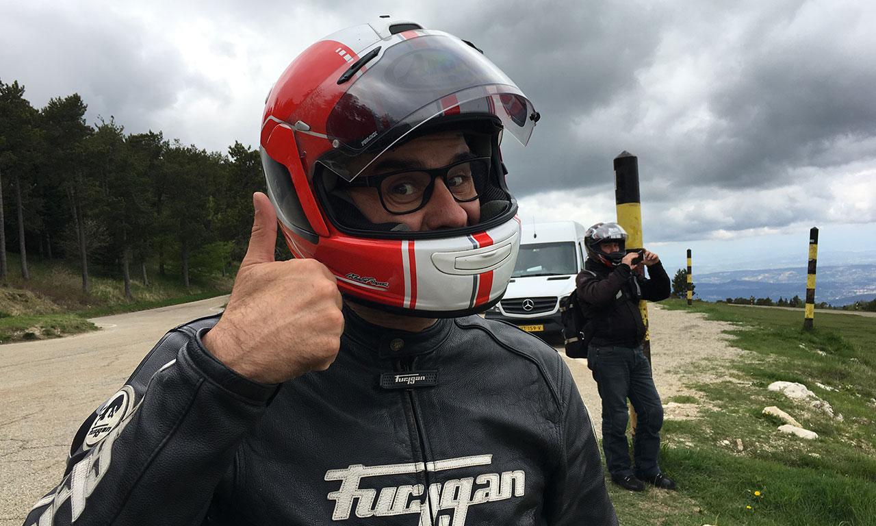 Jean Claude se régale en randonnée motarde