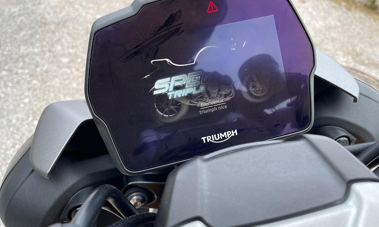 Tableau de bord du Speed Triple 1200 RS